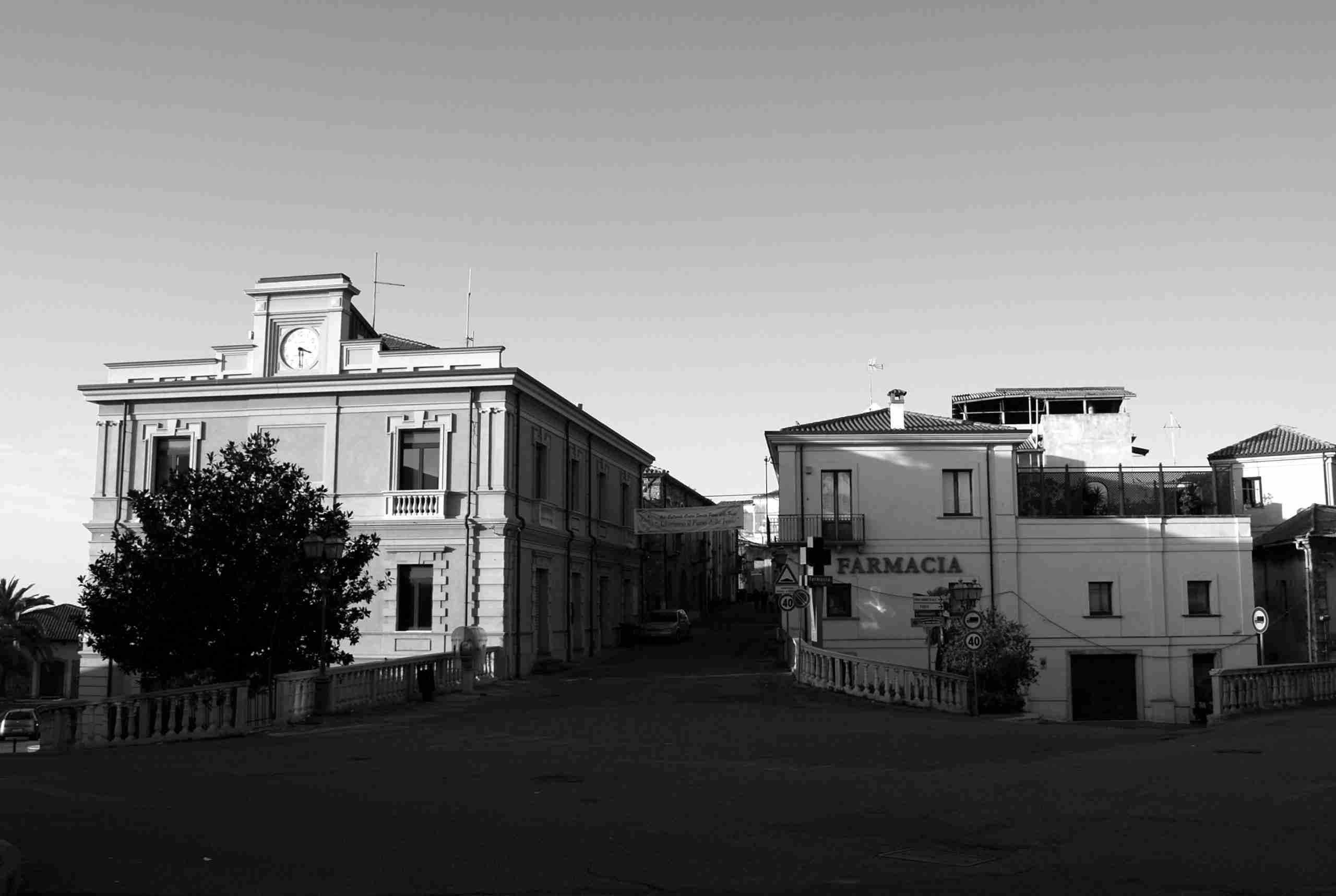 Palazzo S. Ippolito - L'ingresso al borgo