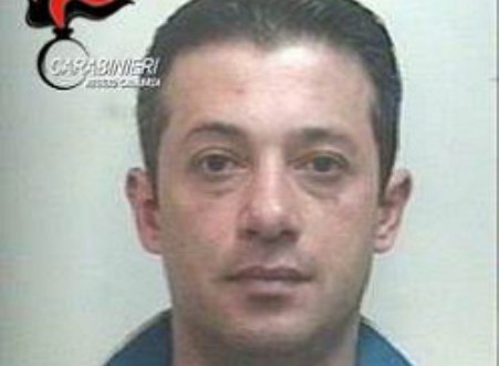 'Ndrangheta: ricercato da mesi, si costituisce a Sinopoli Nicola Alvaro