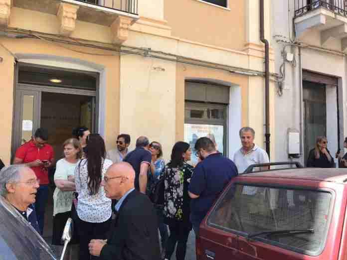 Di Certo davanti alla sede elettorale