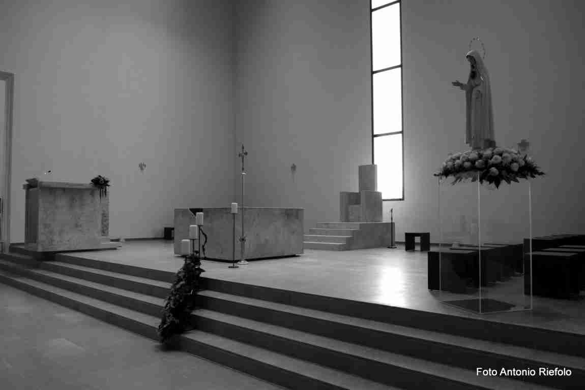 Viaggio fotografico nella chiesa di San Gaetano Catanoso a Gioia ...